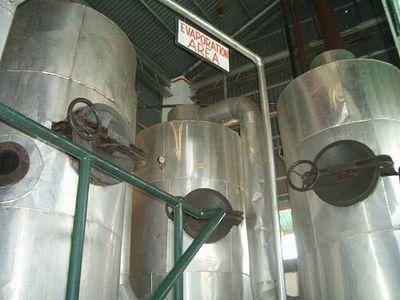 密閉されたタンクで異物混入を防ぐ。水分蒸発タンク