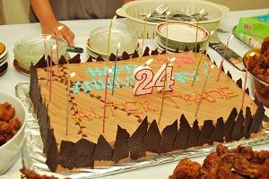 24周年を祝うケーキ
